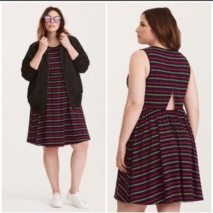 NWT Torrid striped jersey open back dress sz 1